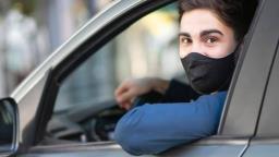 Holambra faz ação para conscientizar sobre o uso de máscara
