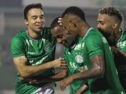 Em jogo marcado por erros, Guarani desencanta na Série B