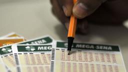 Mega-Sena sorteia prêmio de R$ 10 milhões neste sábado