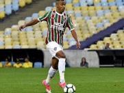 Botafogo anuncia meia, ex-Fluminense, para a temporada 2019