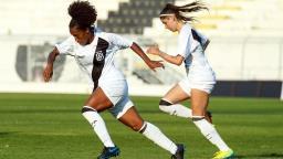 Após choque de cabeça na partida, lateral Rebeca Cardoso tem alta