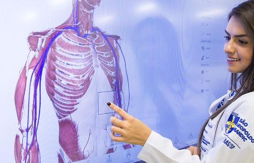 Mesa de Anatomia 3D - Foto: Assessoria São Leopoldo Mandic