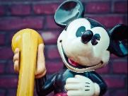 Mickey faz 90 anos e reabre discussão sobre domínio público do personagem