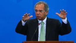 Guedes anuncia R$ 147,3 bi em medidas emergenciais