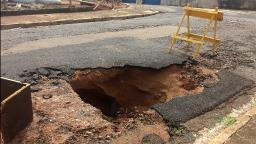Moradores de Araraquara contabilizam estragos da chuva