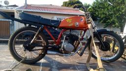 Adolescente de 14 anos é flagrado dirigindo moto em Ibaté