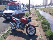 Motociclista fica ferido em acidente na Via Expressa