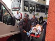 Motorista de ônibus passa bem após acidente no Terminal de Integração