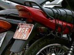 Mototaxista deverá ser identificado pela placa vermelha - Foto: Da reportagem