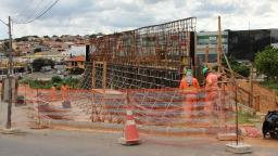 Trecho da Avenida Ruy Rodriguez é bloqueado para obra do BRT