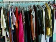 Projeto em escola incentiva doação e troca de peças de roupas