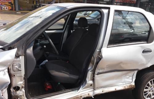 ACidade ON - São Carlos - Mulher ficou ferida em acidente na Avenida Getúlio Vargas em São Carlos