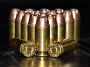 Suspeito morre em possível troca de tiros com a polícia