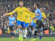 Brasil vence o Uruguai, mas encontra dificuldades no 2º teste real após Copa