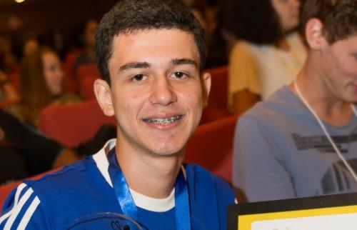 O aluno premiado Pedro Henrique de Morais Moreira, de 16 anos. (Foto: Divulgação) - Foto: Divulgação
