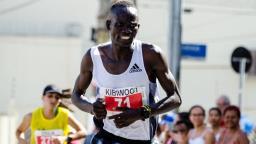 Ultrapassagem na chegada dá vitória a queniano na São Silvestre