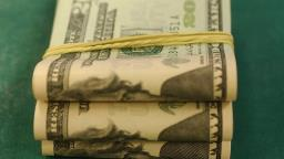 Dólar fecha em alta após saber que EUA estão saindo da crise