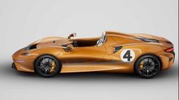 McLaren homenageia clássico de corridas nos anos 60