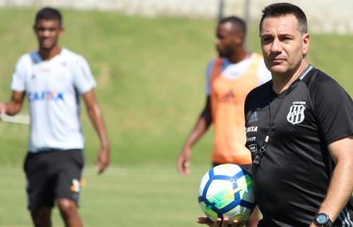 (Foto: Divulgação) - O treinador reforça que se o time quer brigar pelos objetivos que deseja, tem que estar 100% focado (Foto: Divulgação)