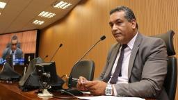 Câmara de Campinas quer dar direito de usar nome social