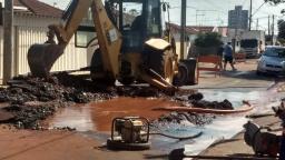 Região do Carmo e Selmi Dei ficam sem água por causa de obras