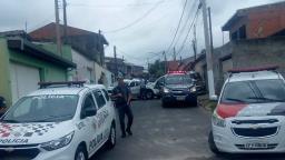 Suspeito é baleado após perseguição e troca de tiros com a PM