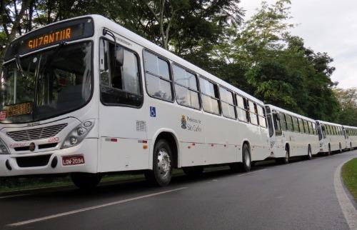 ACidade ON - São Carlos - Ônibus da Suzantur em São Carlos