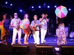 Orquestra Brasil Tropicaliente leva lambada ao Sesc - Foto: Da reportagem