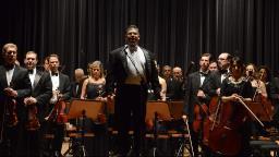 Orquestra interpreta hinos de Ponte e Guarani para celebrar aniversário