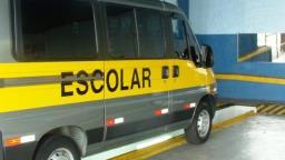 Detran suspende cobrança de taxa de vans escolares