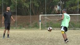 Jogador de futebol desempregado volta a Campinas após 9 anos para tentar vaga