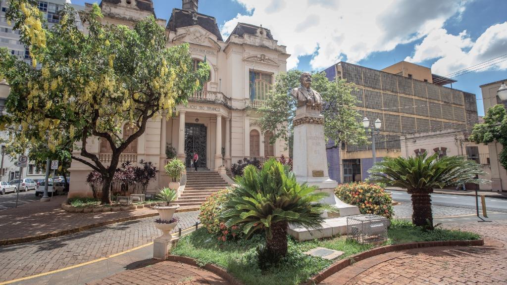 A Prefeitura de Ribeirão Preto pretendia realizar o pagamento no dia 24 de dezembro (Foto: Weber Sian/Arquivo A Cidade) - Foto: Weber Sian / A Cidade