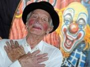 Morre aos 91 anos o palhaço Biriba, ícone do circo regional