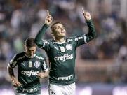 Palmeiras atropela o Santos e abre vantagem na liderança