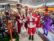 Noel chega a shopping da zona Leste com apresentação de música