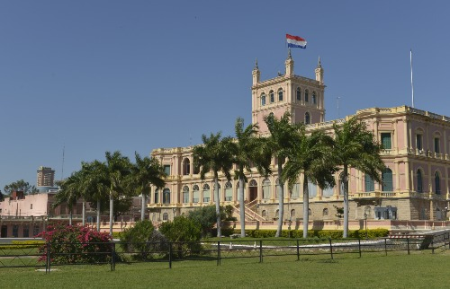 Divulgação Turismo Assunção - Marco histórico: O Palácio de Los López, de 1857, é a sede de governo do Paraguai (foto: Divulgação Turismo Assunção)