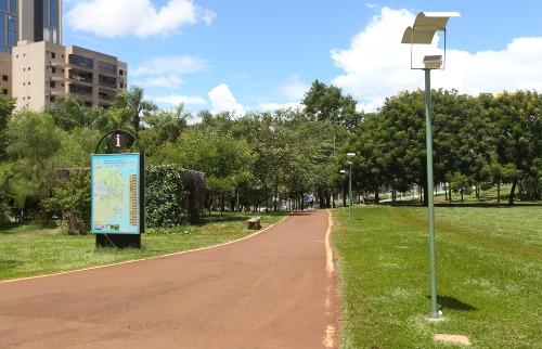 Milena Aurea / A Cidade - Parque Raya
