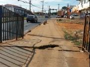 Direto do Zap: Pedestres reclamam de calçada em pontilhão na Alemeda Paulista