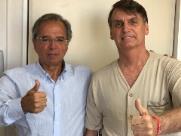 Bolsonaro recebe visita de Paulo Guedes e reproduz 'textão' antissistema no Facebook