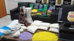 """Polícia Civil """"estoura"""" refinaria de drogas em Pedreira"""