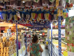 Pesquisa do Procon mostra diferença de preço dos produtos de Páscoa. Foto: Denny Césare/Código 19 - Foto: Denny Césare/Código 19