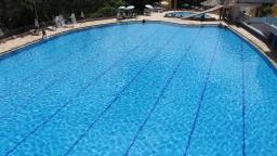 Serra Negra abre piscina para turistas com diárias a R$ 10