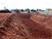 Prefeitura constrói piscinão para resolver alagamentos no Altos do Cecap