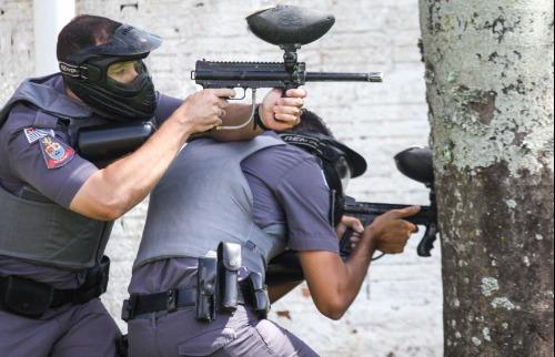 PM faz torneio com confronto de paintball e pista de tiro real (Amanda Rocha/ACidadeON Araraquara) - Foto: Amanda Rocha