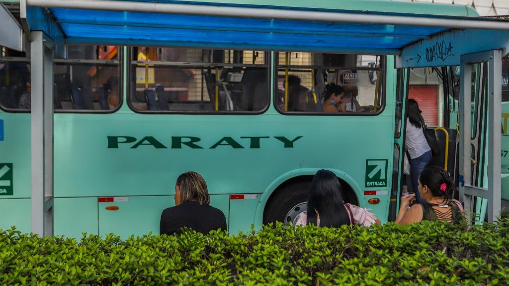 Ponto de ônibus passageiros (Foto: Amanda Rocha/ACidadeON) - Foto: Amanda Rocha