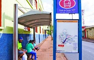 Weber Sian / A Cidade - Usuários do transporte público urbano pedem melhorias no sistema