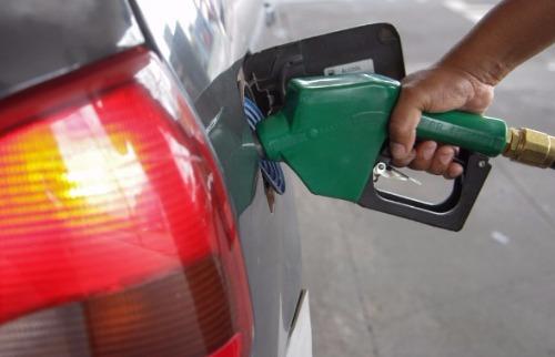 Homem fugiu de posto de combustíveis sem pagar - Foto: Da reportagem
