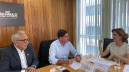 Após desistir de área, Nogueira discute Bom Prato com estado