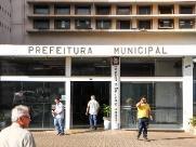 Prefeitura dá 'calote' nas horas extras de trabalhadores do Paço