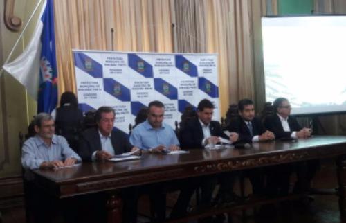 Monize Zampieri - Anúncio de novas moradias foi realizado no Palácio Rio Branco